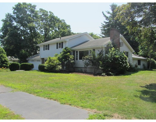 Single Family Home for Rent at 9 Hylair Drive 9 Hylair Drive Shrewsbury, Massachusetts 01545 United States