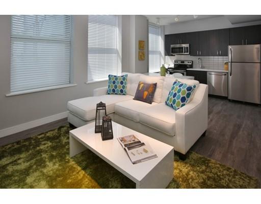独户住宅 为 出租 在 30 Willow Street 林恩, 01901 美国