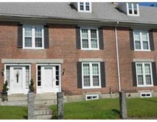 Частный односемейный дом для того Аренда на 28 Mendon Street 28 Mendon Street Blackstone, Массачусетс 01504 Соединенные Штаты