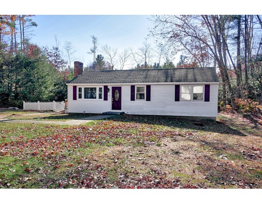 Single Family Home for Sale at 10 Northwood Drive 10 Northwood Drive Merrimack, New Hampshire 03054 United States
