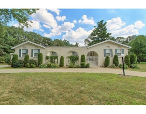 Single Family Home for Sale at 6 Aspen Road 6 Aspen Road North Reading, Massachusetts 01864 United States