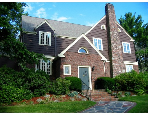 Частный односемейный дом для того Аренда на 20 Lagrange Street 20 Lagrange Street Brookline, Массачусетс 02467 Соединенные Штаты