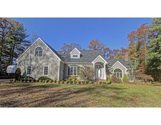Maison unifamiliale pour l Vente à 1571 Shores Street 1571 Shores Street Taunton, Massachusetts 02780 États-Unis