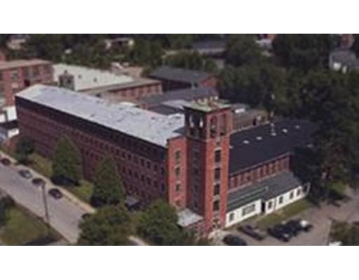 商用 为 销售 在 18 Mill Street 18 Mill Street Southbridge, 马萨诸塞州 01550 美国