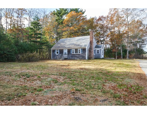 Single Family Home for Sale at 637 County Road 637 County Road Rochester, Massachusetts 02575 United States
