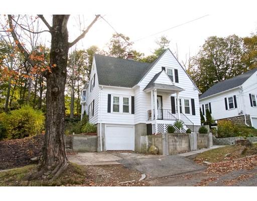 Maison unifamiliale pour l Vente à 31 Radmore Street 31 Radmore Street Worcester, Massachusetts 01602 États-Unis