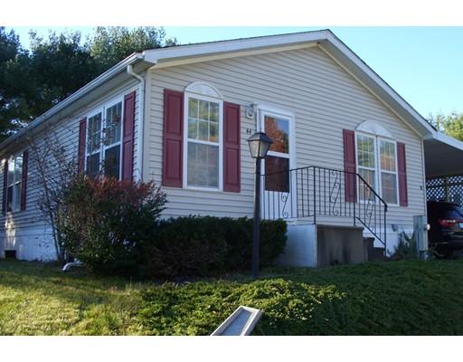 独户住宅 为 销售 在 44 Jill Marie Drive 44 Jill Marie Drive Carver, 马萨诸塞州 02330 美国