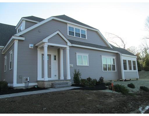 Condominio por un Venta en 164 Pine Street 164 Pine Street Walpole, Massachusetts 02081 Estados Unidos