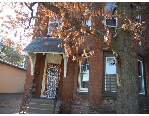 Additional photo for property listing at 154 Suffolk  Holyoke, 马萨诸塞州 01040 美国