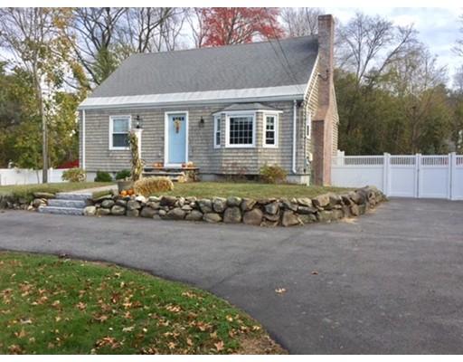 Casa Unifamiliar por un Alquiler en 269 North Road 269 North Road Bedford, Massachusetts 01730 Estados Unidos