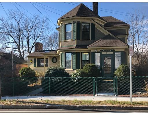 Casa Unifamiliar por un Alquiler en 54 Hampshire Street Methuen, Massachusetts 01844 Estados Unidos