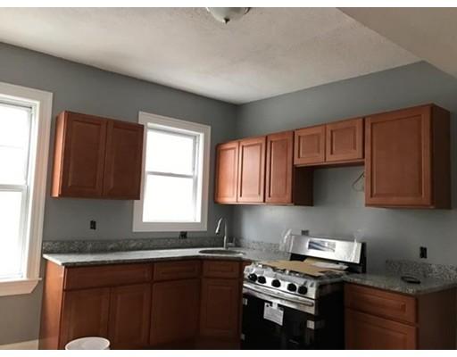 Casa Unifamiliar por un Alquiler en 13 Hendry Street Boston, Massachusetts 02122 Estados Unidos
