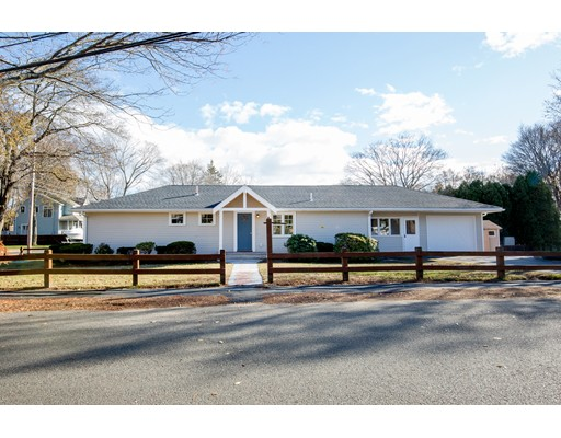 Single Family Home for Sale at 85 Cornell Road 85 Cornell Road Marblehead, Massachusetts 01945 United States