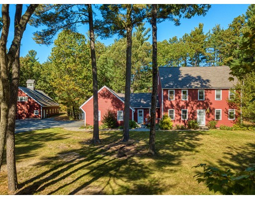 Single Family Home for Sale at 12 Easter Brook Road 12 Easter Brook Road Lunenburg, Massachusetts 01462 United States