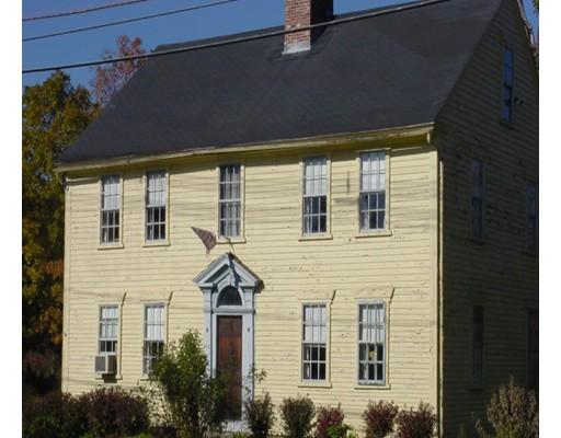 واحد منزل الأسرة للـ Sale في 462 Hartford Avenue 462 Hartford Avenue Bellingham, Massachusetts 02019 United States