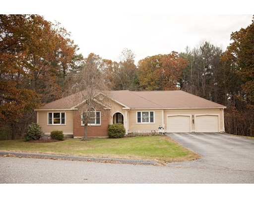 Single Family Home for Sale at 4 Avery Lane 4 Avery Lane Sterling, Massachusetts 01564 United States