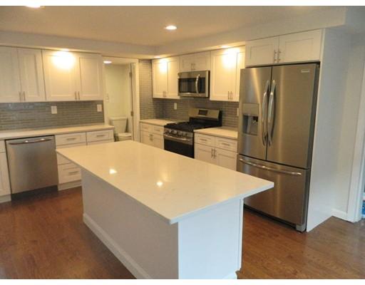 Casa Unifamiliar por un Venta en 92 Undine Avenue 92 Undine Avenue Winthrop, Massachusetts 02152 Estados Unidos