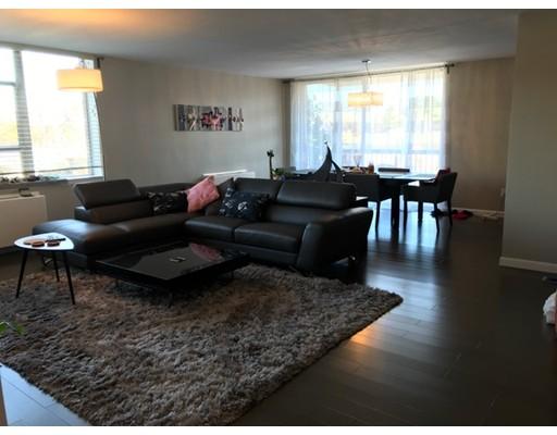 独户住宅 为 出租 在 20 Hammond Pond Parkway 牛顿, 02467 美国