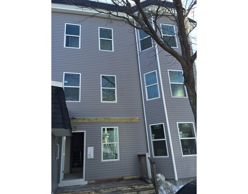 Additional photo for property listing at 25 Savin Hill Avenue  Boston, Massachusetts 02125 Estados Unidos