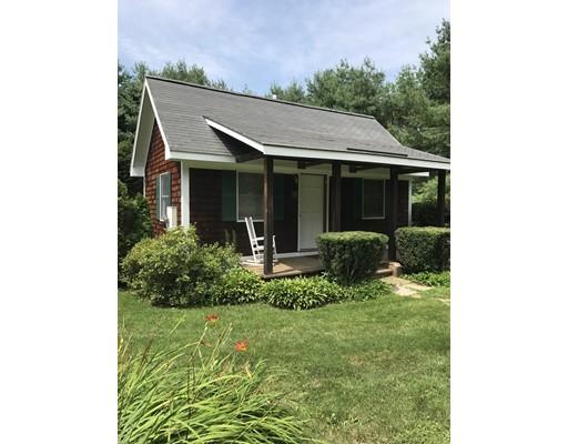 Single Family Home for Sale at 304 Leverett Road 304 Leverett Road Amherst, Massachusetts 01002 United States