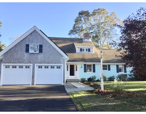Single Family Home for Sale at 248 Round Cove Road 248 Round Cove Road Chatham, Massachusetts 02633 United States