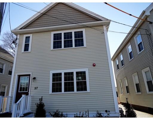 Casa Unifamiliar por un Alquiler en 57 Franklin Street 57 Franklin Street Stoneham, Massachusetts 02180 Estados Unidos