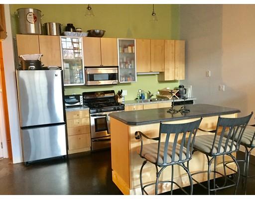 共管式独立产权公寓 为 销售 在 60 Dudley Street 60 Dudley Street 切尔西, 马萨诸塞州 02150 美国