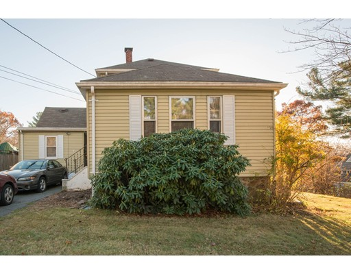 Частный односемейный дом для того Аренда на 22 Hayes Avenue 22 Hayes Avenue Beverly, Массачусетс 01915 Соединенные Штаты