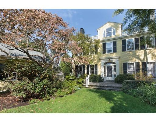 Casa Unifamiliar por un Venta en 10 Coolidge Hill Road 10 Coolidge Hill Road Cambridge, Massachusetts 02138 Estados Unidos