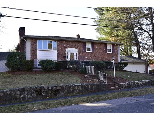 Casa Unifamiliar por un Venta en 13 Hampshire Road Peabody, Massachusetts 01960 Estados Unidos