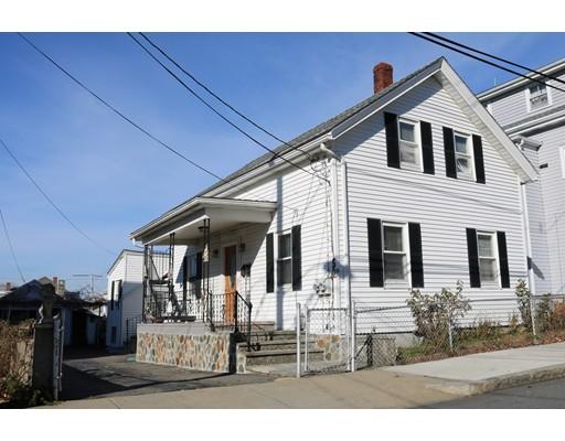 Maison avec plusieurs logements pour l Vente à 52 Fulton Street 52 Fulton Street Peabody, Massachusetts 01960 États-Unis