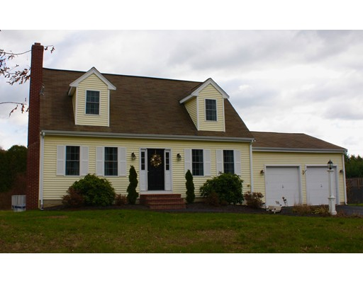 Maison unifamiliale pour l Vente à 5 Ray Way 5 Ray Way East Bridgewater, Massachusetts 02333 États-Unis