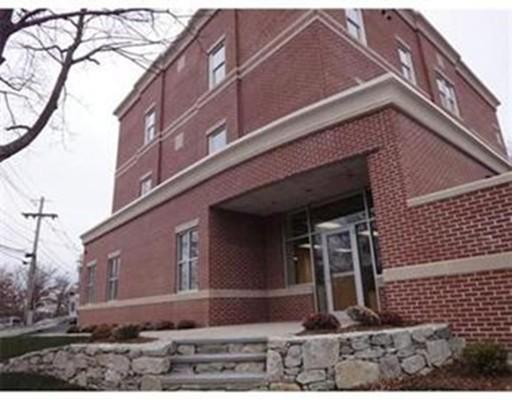 Additional photo for property listing at 2 Sumner Street  Norwood, Massachusetts 02062 United States