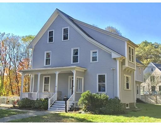 Частный односемейный дом для того Продажа на 44 GREENWOOD LANE 44 GREENWOOD LANE Waltham, Массачусетс 02451 Соединенные Штаты