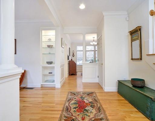 共管式独立产权公寓 为 销售 在 9 Chestnut Lane #9 9 Chestnut Lane #9 Lexington, 马萨诸塞州 02421 美国