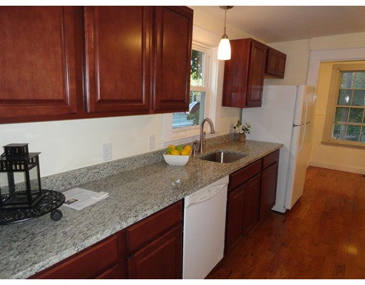 Apartment for Rent at 7 Park St #B 7 Park St #B Melrose, Massachusetts 02176 United States
