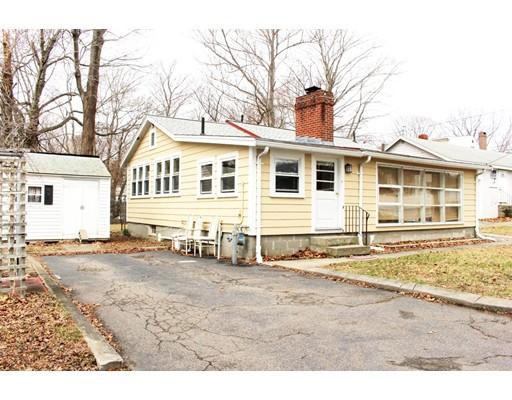 Maison unifamiliale pour l à louer à 14 Greenwood Avenue 14 Greenwood Avenue Weymouth, Massachusetts 02189 États-Unis