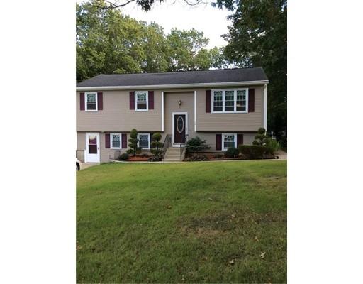 Maison unifamiliale pour l Vente à 28 Monroe Drive 28 Monroe Drive Coventry, Rhode Island 02816 États-Unis