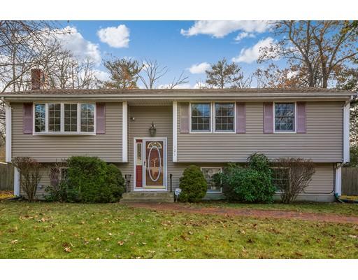 Частный односемейный дом для того Продажа на 121 Elderberry Circle 121 Elderberry Circle Abington, Массачусетс 02351 Соединенные Штаты