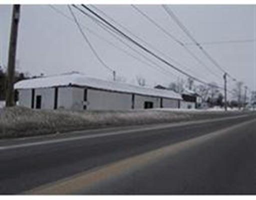 Commercial pour l Vente à 503 Main Street 503 Main Street Spencer, Massachusetts 01562 États-Unis