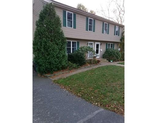 Maison accolée pour l à louer à 60 TRENTON RD #1 60 TRENTON RD #1 Dedham, Massachusetts 02026 États-Unis