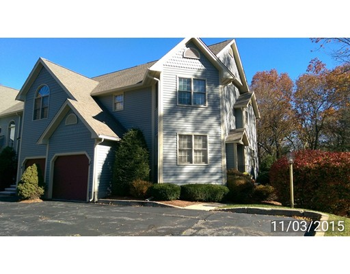 Appartement en copropriété pour l Vente à 45 Forest Lane 45 Forest Lane Hopkinton, Massachusetts 01748 États-Unis