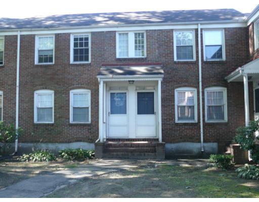 共管式独立产权公寓 为 销售 在 1574 Memorial Avenue 1574 Memorial Avenue West Springfield, 马萨诸塞州 01089 美国