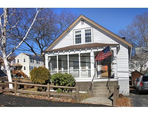Maison unifamiliale pour l Vente à 15 Riverview Street 15 Riverview Street Dedham, Massachusetts 02026 États-Unis