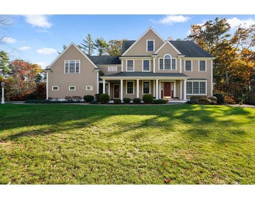 Частный односемейный дом для того Продажа на 31 Pine Mill Drive 31 Pine Mill Drive Pembroke, Массачусетс 02359 Соединенные Штаты