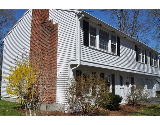 Single Family Home for Rent at 2 Clifford Street Wellesley, 02482 United States