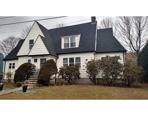 Single Family Home for Sale at 90 Seaview Avenue 90 Seaview Avenue Marblehead, Massachusetts 01945 United States