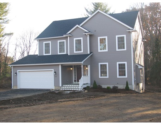 Single Family Home for Sale at 521 Somers Road 521 Somers Road East Longmeadow, Massachusetts 01028 United States