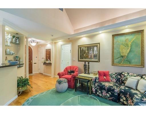 24 Manor House Rd, Newton, MA, 02459