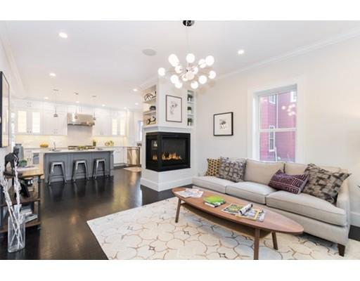 واحد منزل الأسرة للـ Sale في 23 Elston Street 23 Elston Street Somerville, Massachusetts 02144 United States